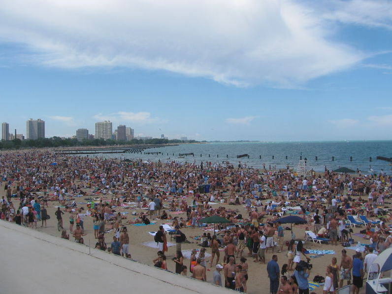 North Avenue Beach _1.png