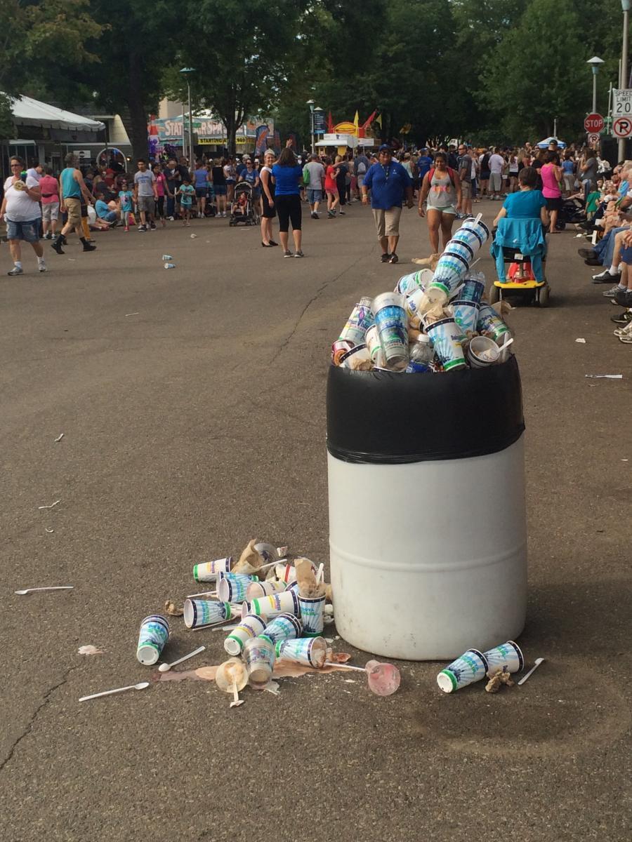 festival trash_0.jpg