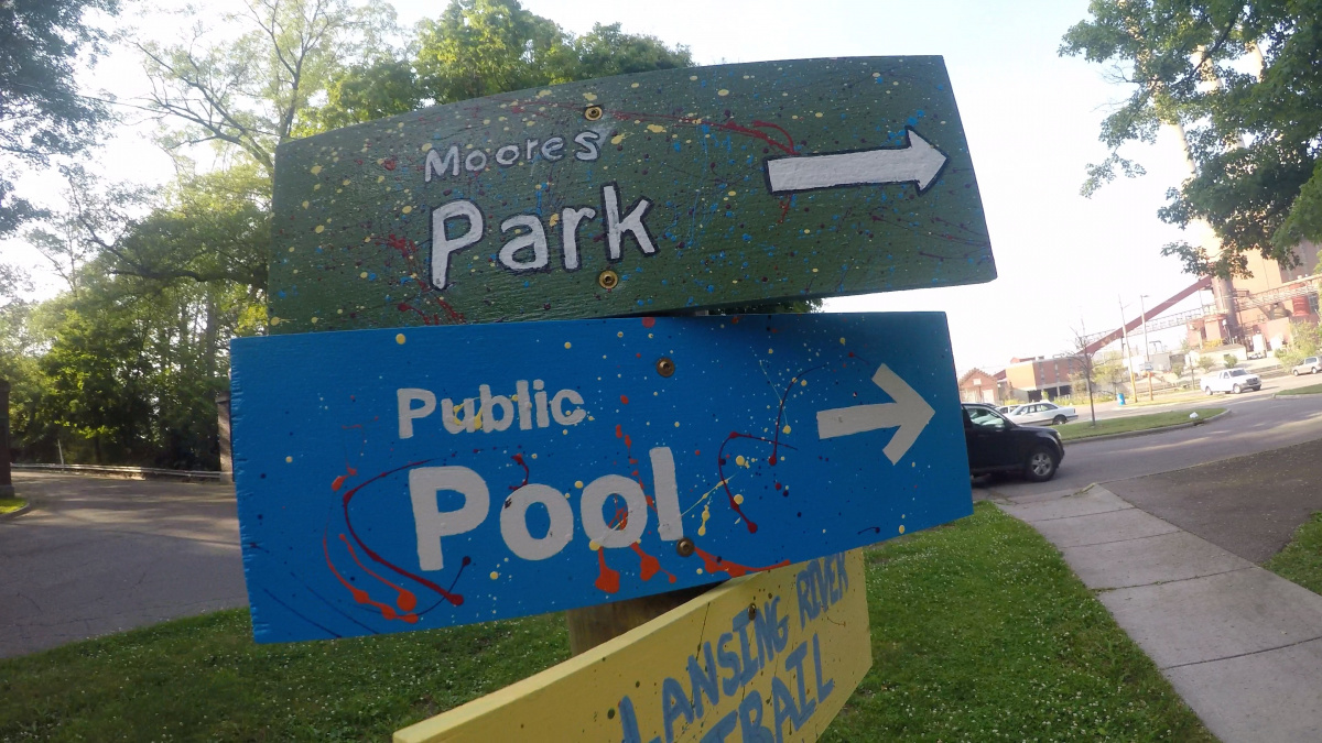 lansing park sign.jpg